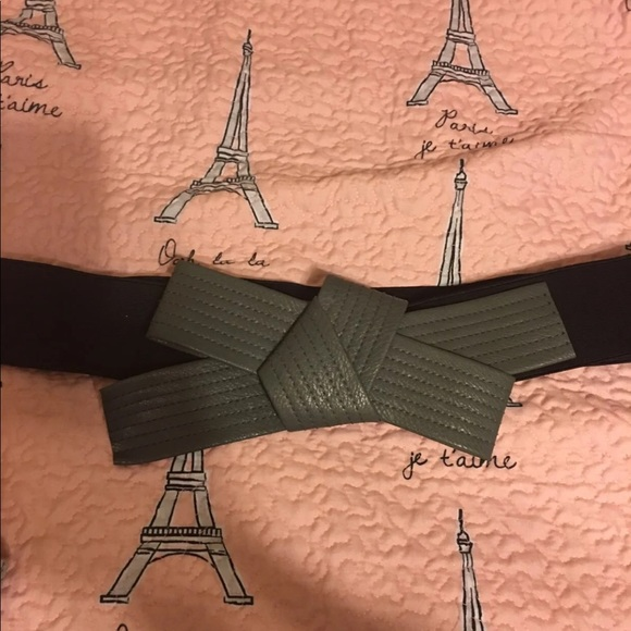 torrid Accessories - Torrid Elastic Bow Belt, Size 1